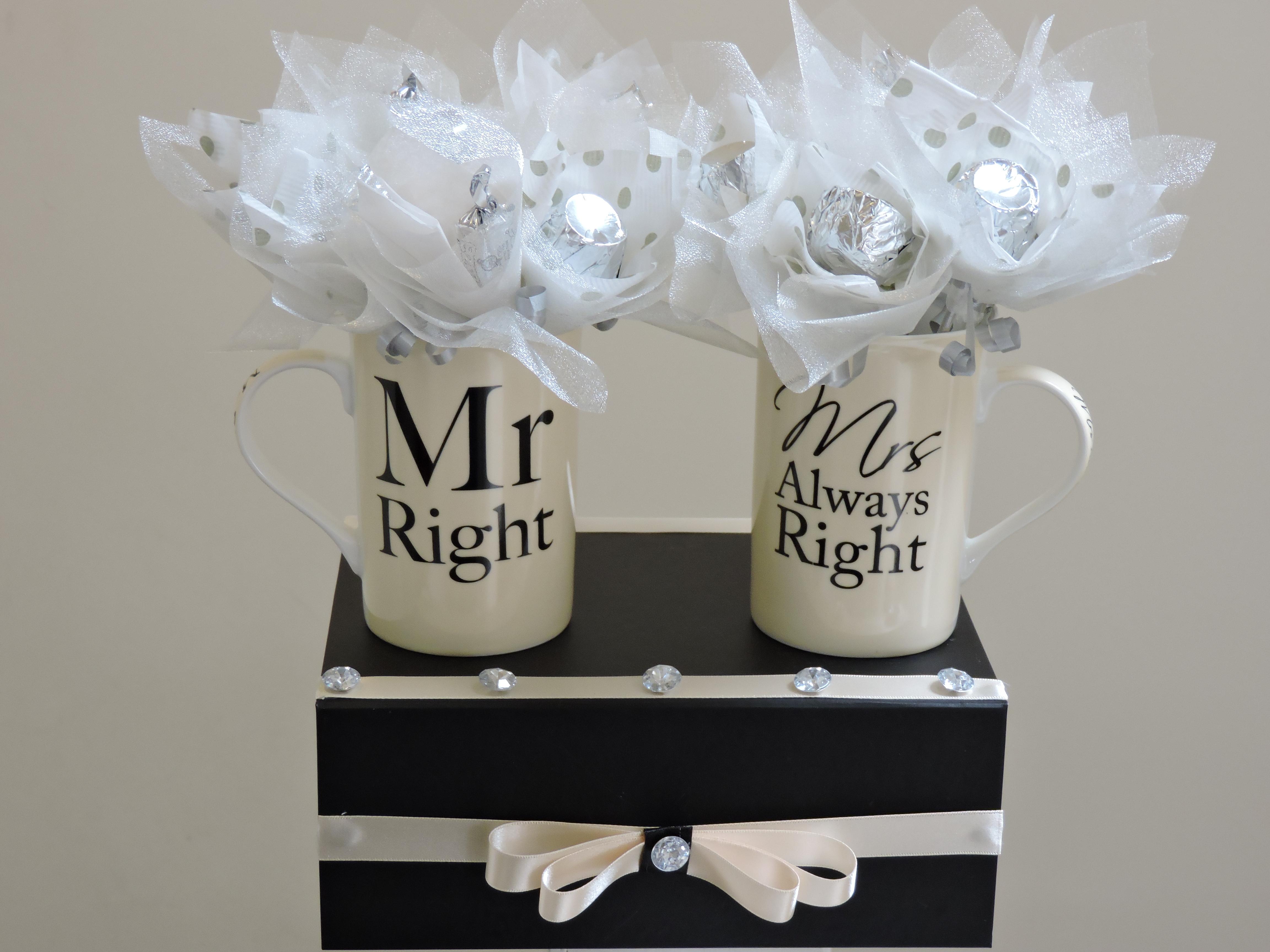 MR & MRS MUG GIFT