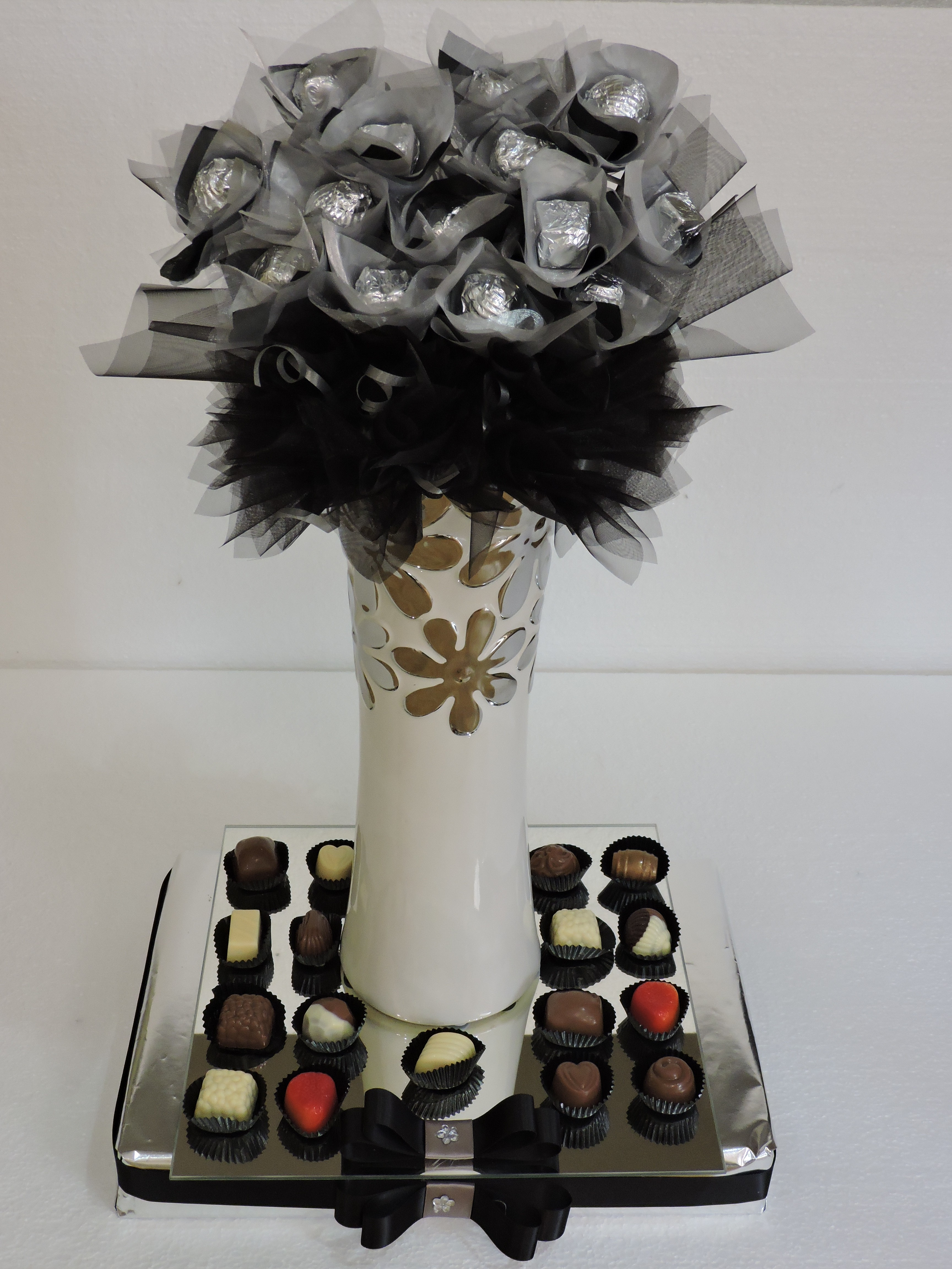 Deluxe Chocolate Bouquet