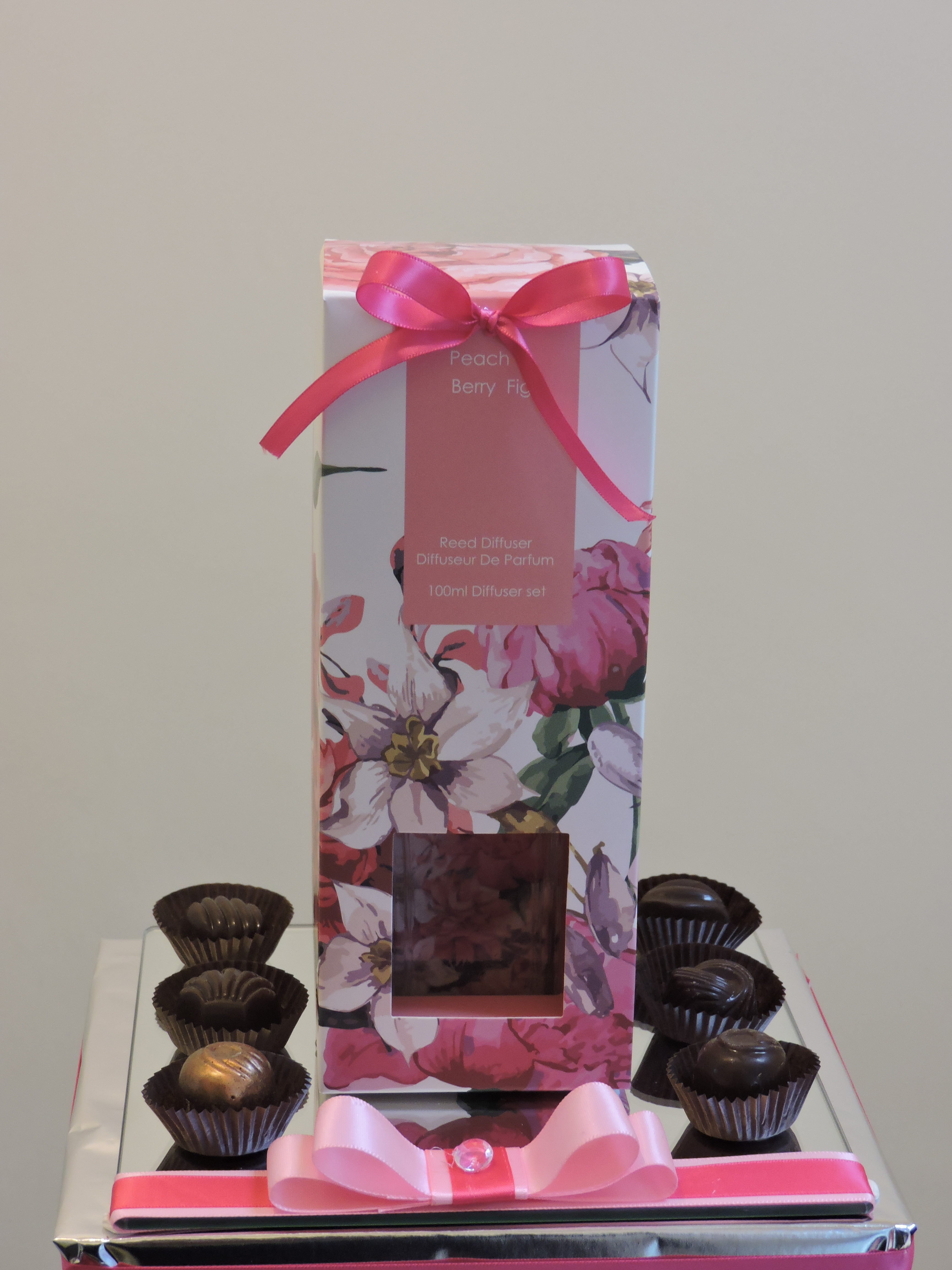 Diffuser & Chocolate Gift