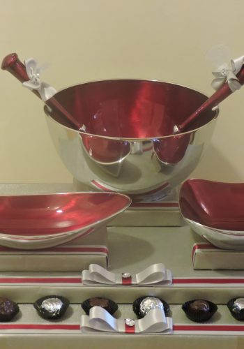 Red Aluminium Serving Set