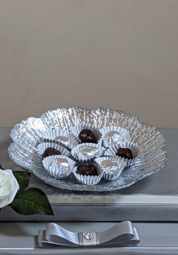 Scalloped Flower Dish Gift